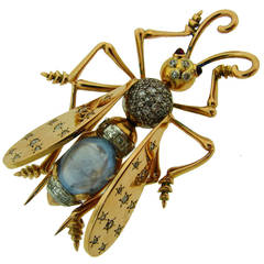 1940s French Moonstone Diamond Yellow Gold Stylized Fly Pin Brooch