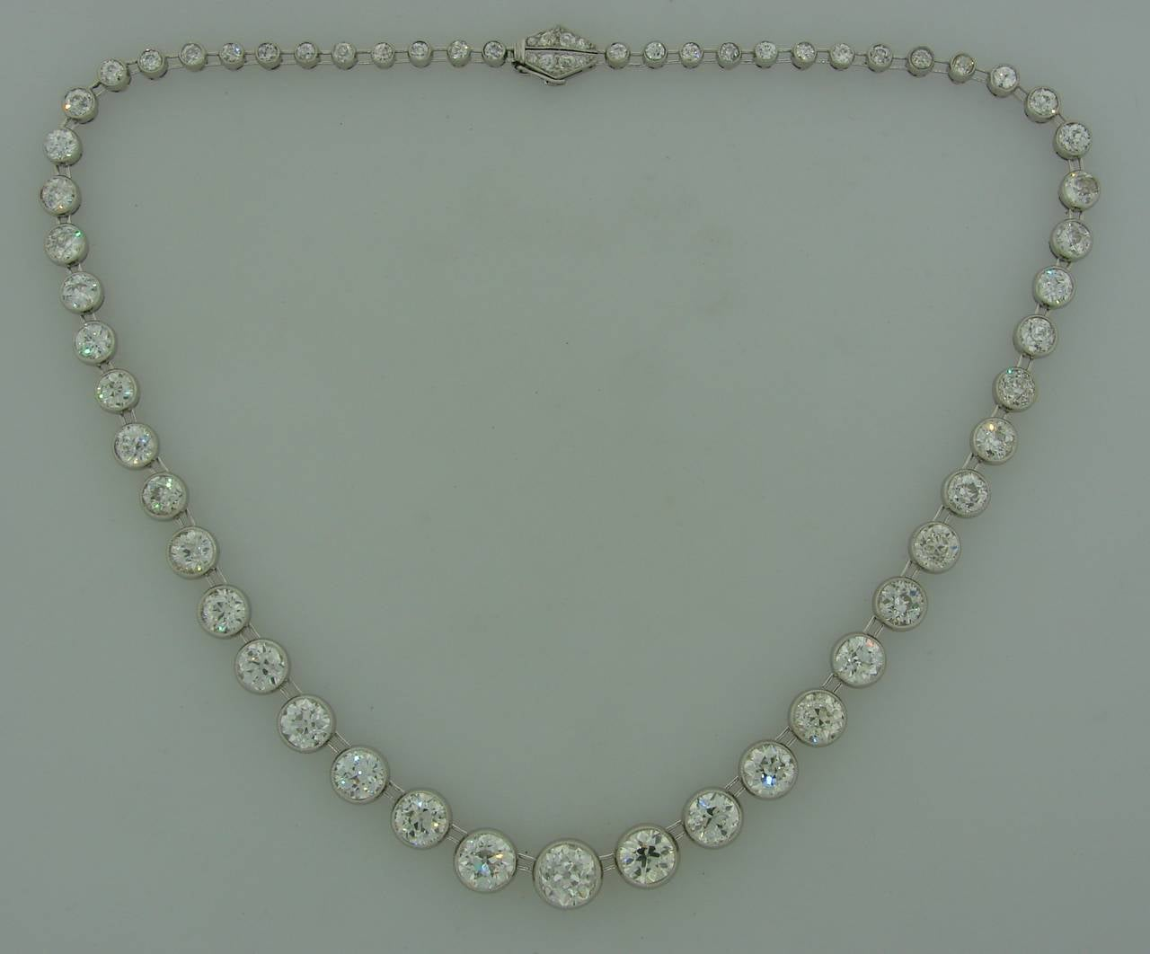 Art Deco 1920s 25 carats Old European Cut Diamond Platinum Riviere Necklace 2