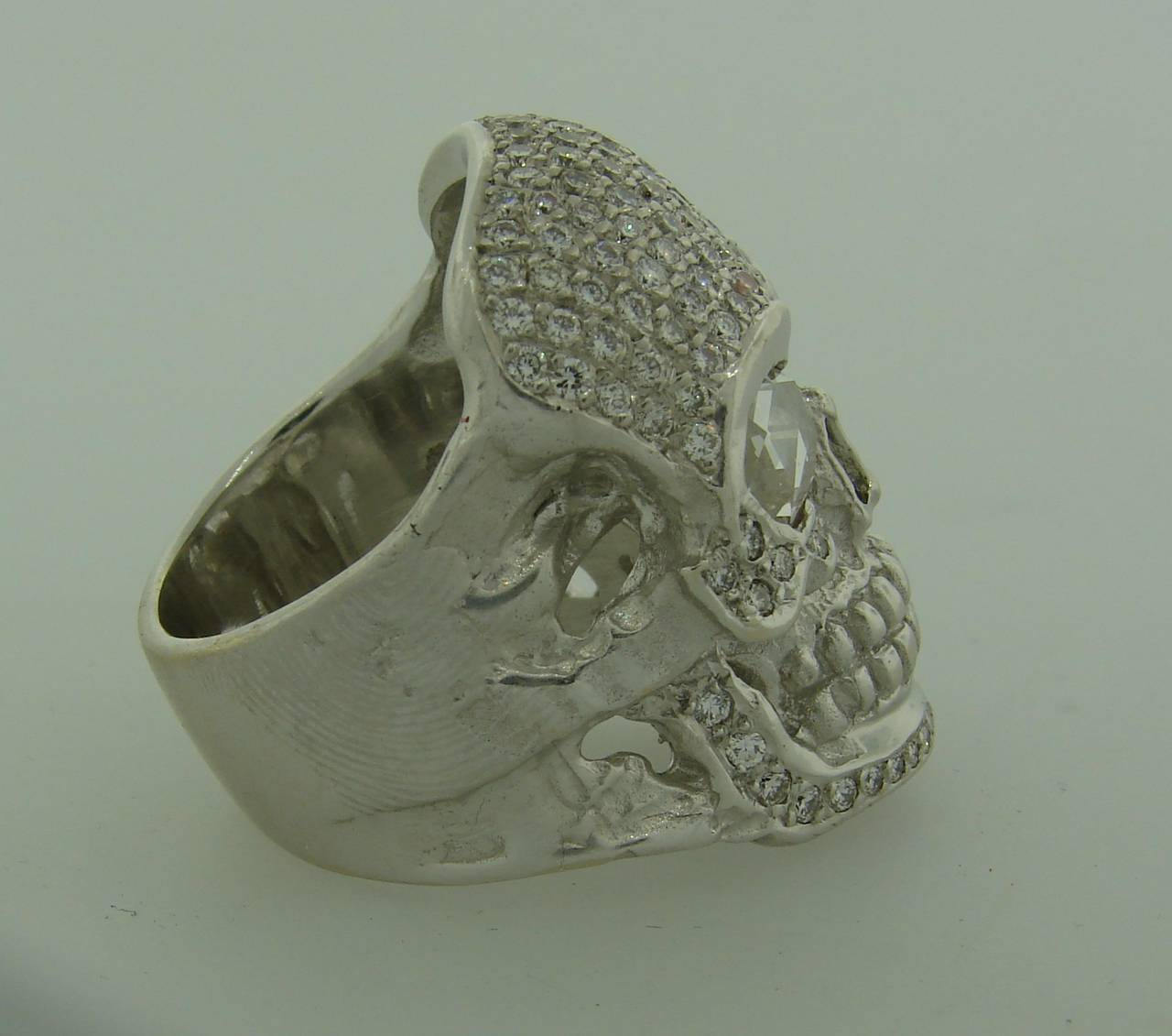 Loree Rodkin Diamond White Gold Skull Ring For Sale 1