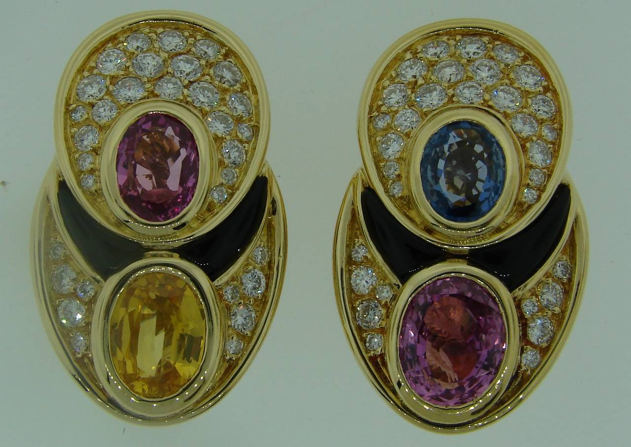 1980s Marina B Sapphire Diamond Gold Earrings In Excellent Condition For Sale In Beverly Hills, CA