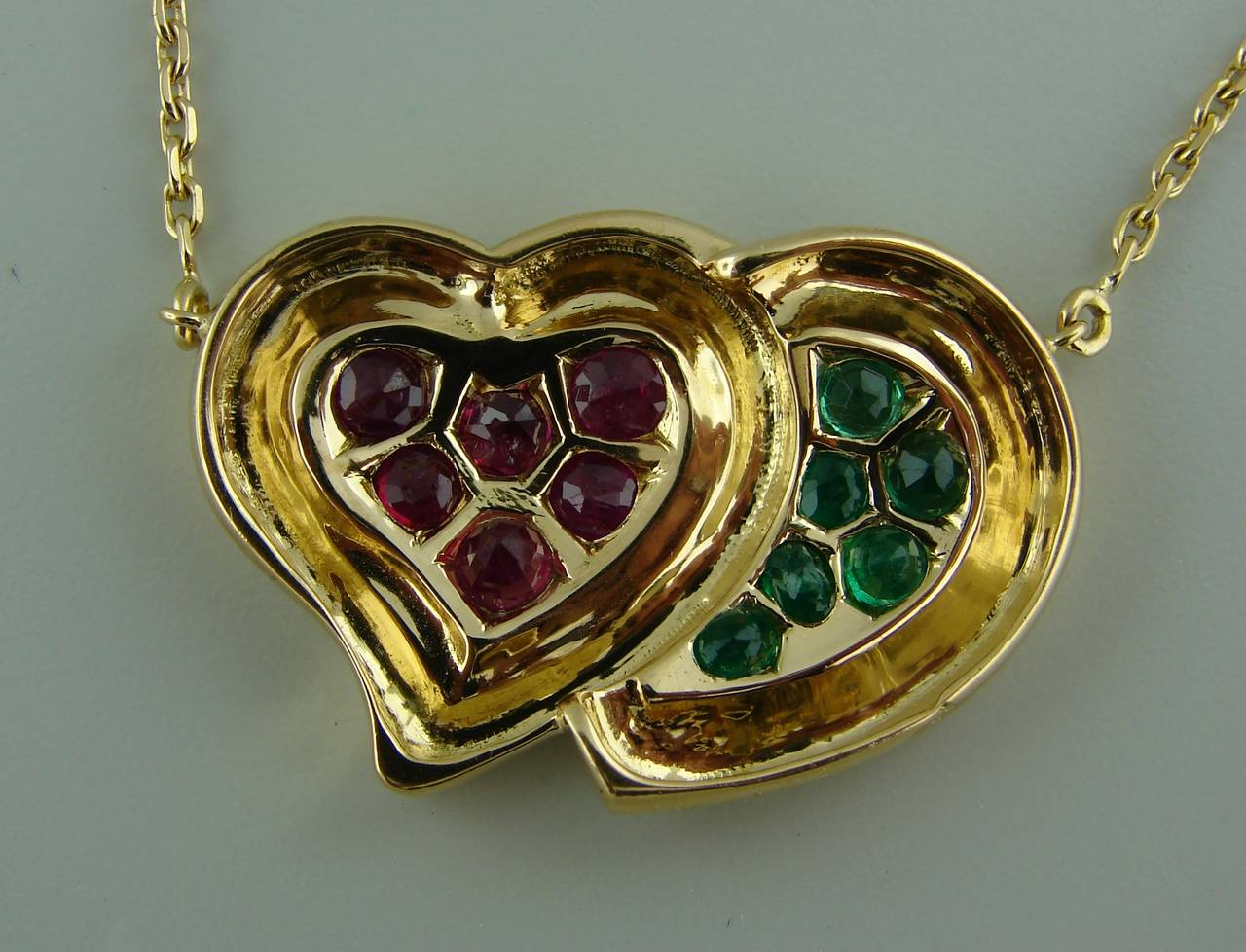1950s RENE BOIVIN Ruby Emerald Yellow Gold Heart Pendant Necklace 6