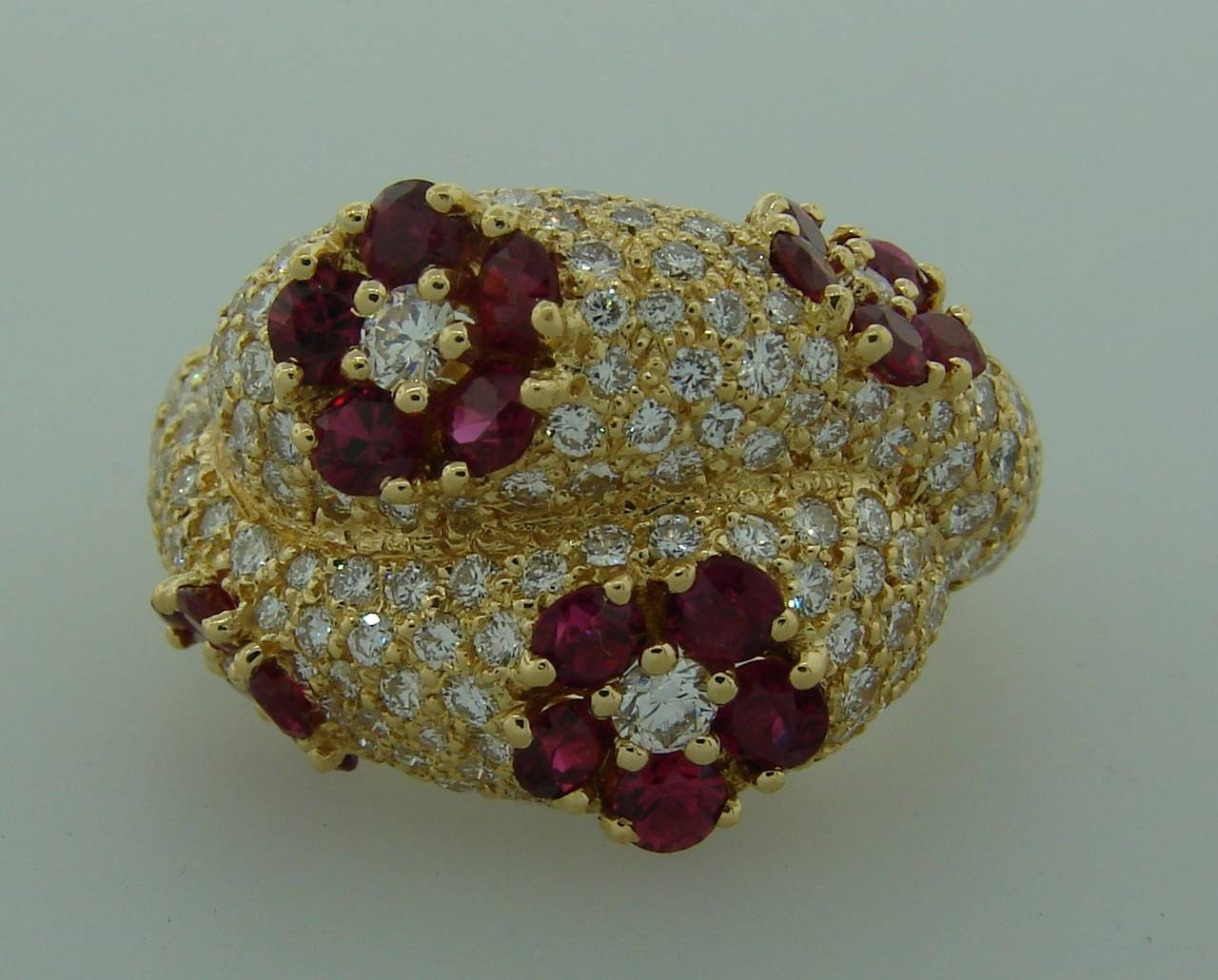 1980s Graff Ruby Diamond Yellow Gold Cocktail Ring 3