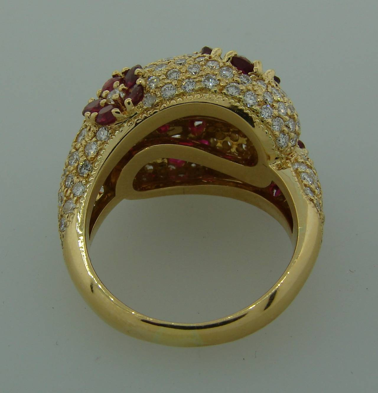 1980s Graff Ruby Diamond Yellow Gold Cocktail Ring 9