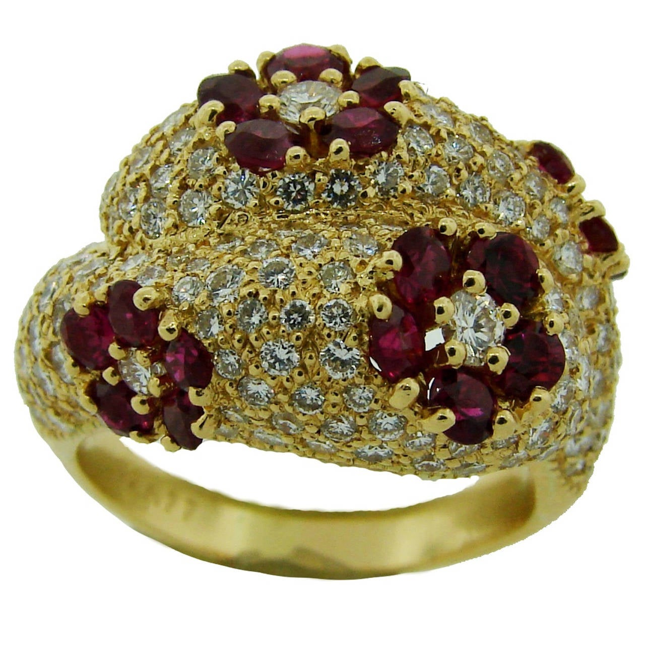 1980s Graff Ruby Diamond Yellow Gold Cocktail Ring For Sale