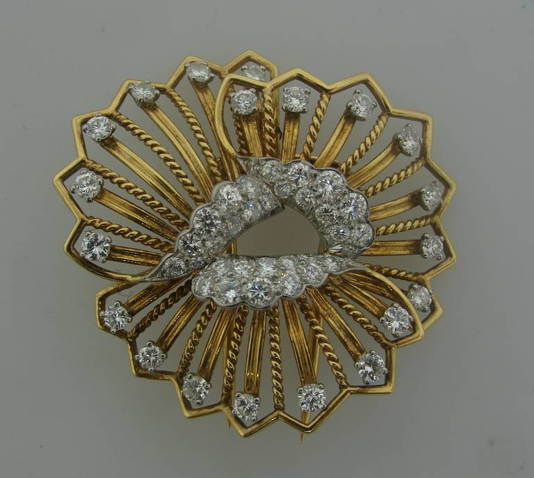 Cartier Diamond Yellow Gold Brooch Pin In Excellent Condition For Sale In Beverly Hills, CA