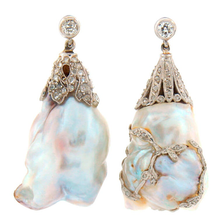 art deco natural saltwater baroque pearl diamond platinum earrings at 1stdibs. Black Bedroom Furniture Sets. Home Design Ideas