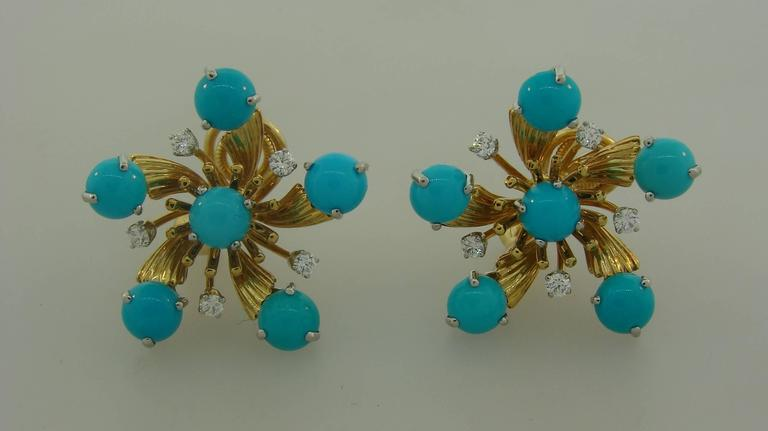 Tiffany & Co. by Schlumberger Turquoise Diamond Yellow Gold Earrings In Excellent Condition For Sale In Beverly Hills, CA