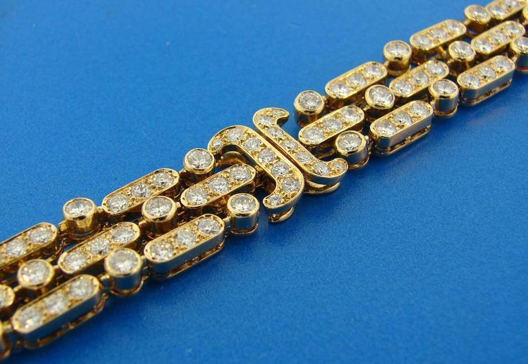 Women's Van Cleef & Arpels Diamond Yellow Gold Bracelet For Sale