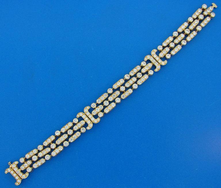 Van Cleef & Arpels Diamond Yellow Gold Bracelet For Sale 1