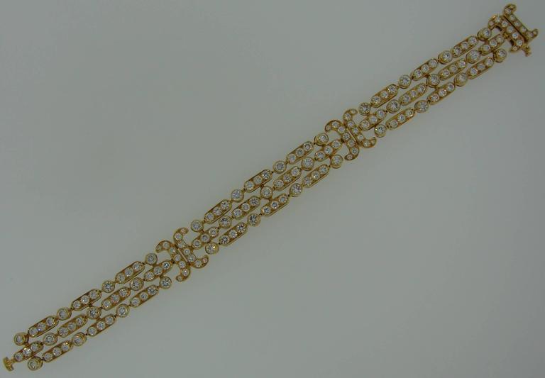 Van Cleef & Arpels Diamond Yellow Gold Bracelet For Sale 2