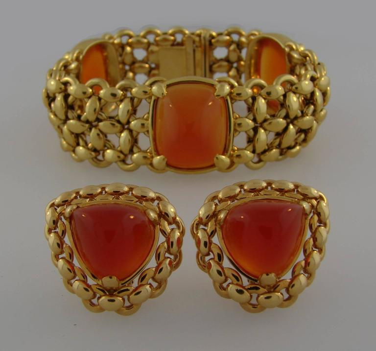 1980s Hermes Carnelian Yellow Gold Earrings and Bracelet Set 2
