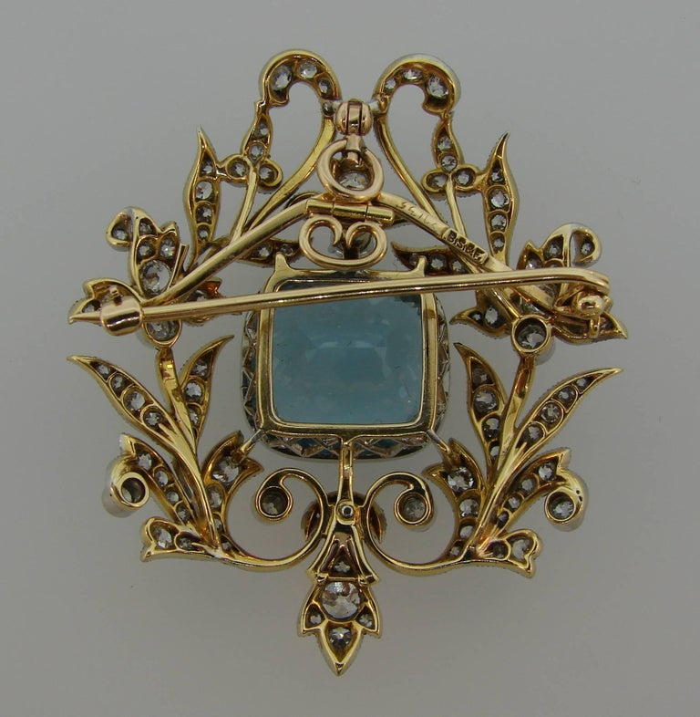 Black, Starr and Frost Aquamarine Diamond Platinum Gold Pendant Pin Brooch In Excellent Condition For Sale In Beverly Hills, CA
