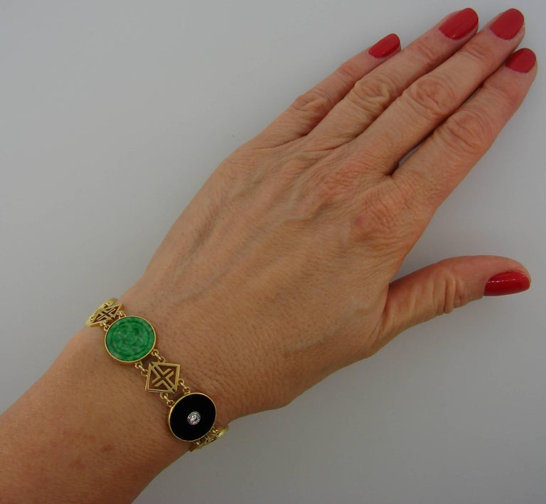 Chinois inspired bracelet created by Tiffany & Co. in the 1930s, when the Western world was at a pick of its fascination with the Far East. To satisfy their clientele, main High jewelry houses were designing pieces in Chinese style - jade,