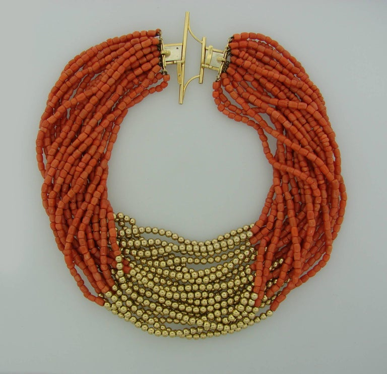 1950s David Webb Coral Diamond Yellow Gold Necklace Removable Brooch Pin Clip In Excellent Condition For Sale In Beverly Hills, CA