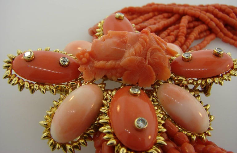 1950s David Webb Coral Diamond Yellow Gold Necklace Removable Brooch Pin Clip For Sale 2