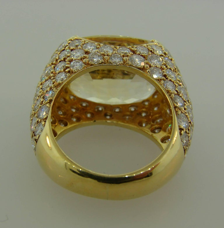 1980s Van Cleef & Arpels Yellow Sapphire Diamond Gold Bombe Ring For Sale 5