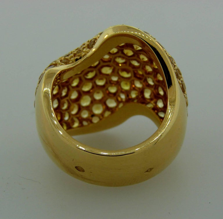 Women's Van Cleef & Arpels Yellow Sapphire Gold Ring For Sale
