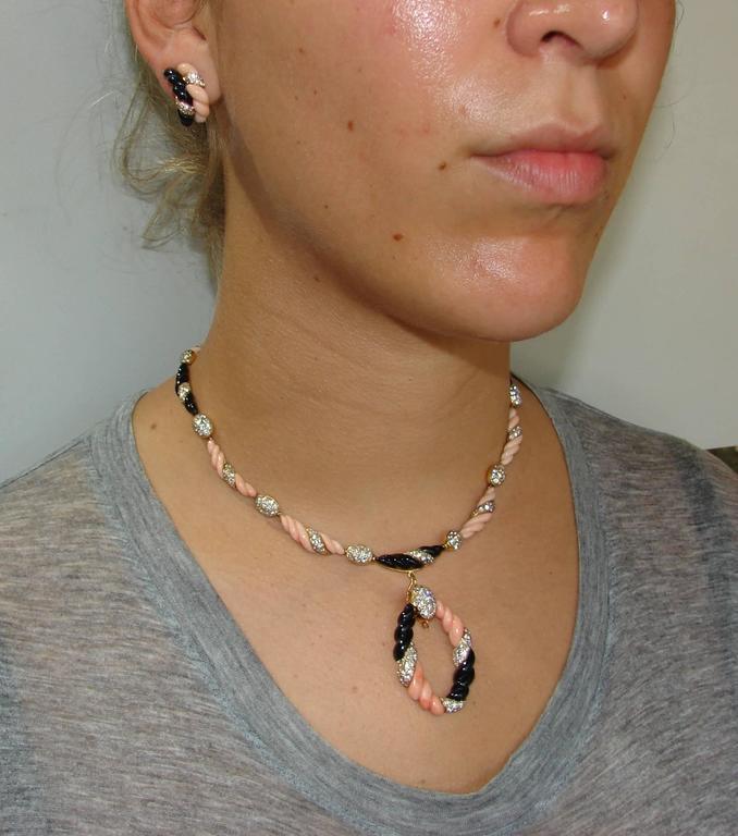 Boucheron Paris Coral Onyx Diamond Gold Necklace Earrings Set 1970s 9