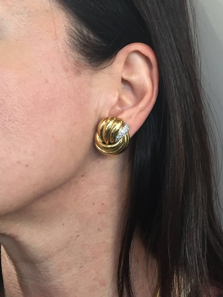 Elegant and classy earrings created by Verdura in the 1980s. Chic, stylish and wearable, the earrings are a great addition to your jewelry collection. The earrings are made of 18 karat (tested) yellow gold and set with thirty four round brilliant