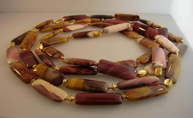 Verdura Agate Bead Strand Necklace with Yellow Gold Clasp For Sale 2