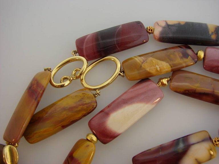 Verdura Agate Bead Strand Necklace with Yellow Gold Clasp For Sale 1