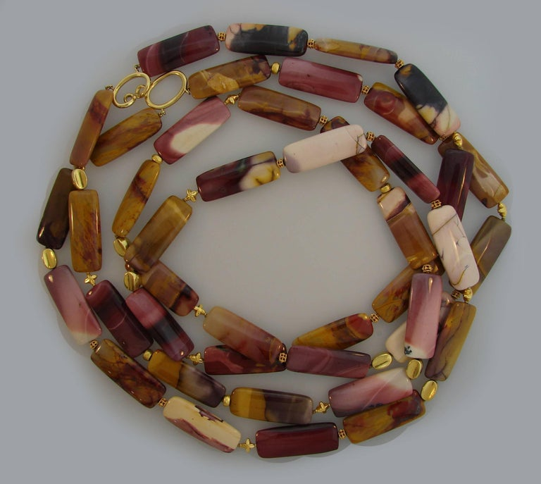 Women's Verdura Agate Bead Strand Necklace with Yellow Gold Clasp For Sale