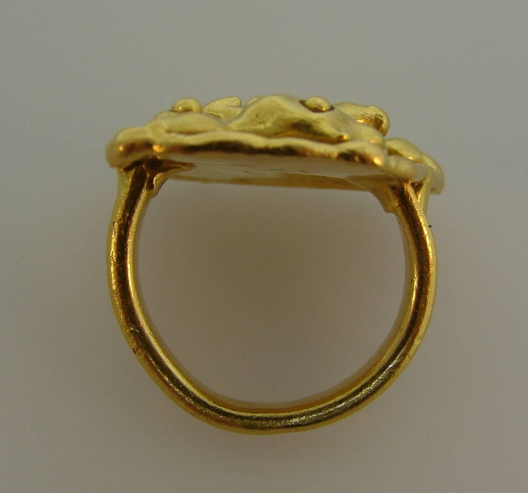 Jean Mahie 22 Karat Yellow Gold Ring For Sale 3