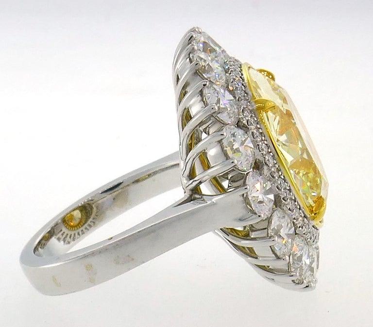 Women's Fancy Intense Yellow Diamond White Gold Ring 10.04 Carat VS2 GIA For Sale