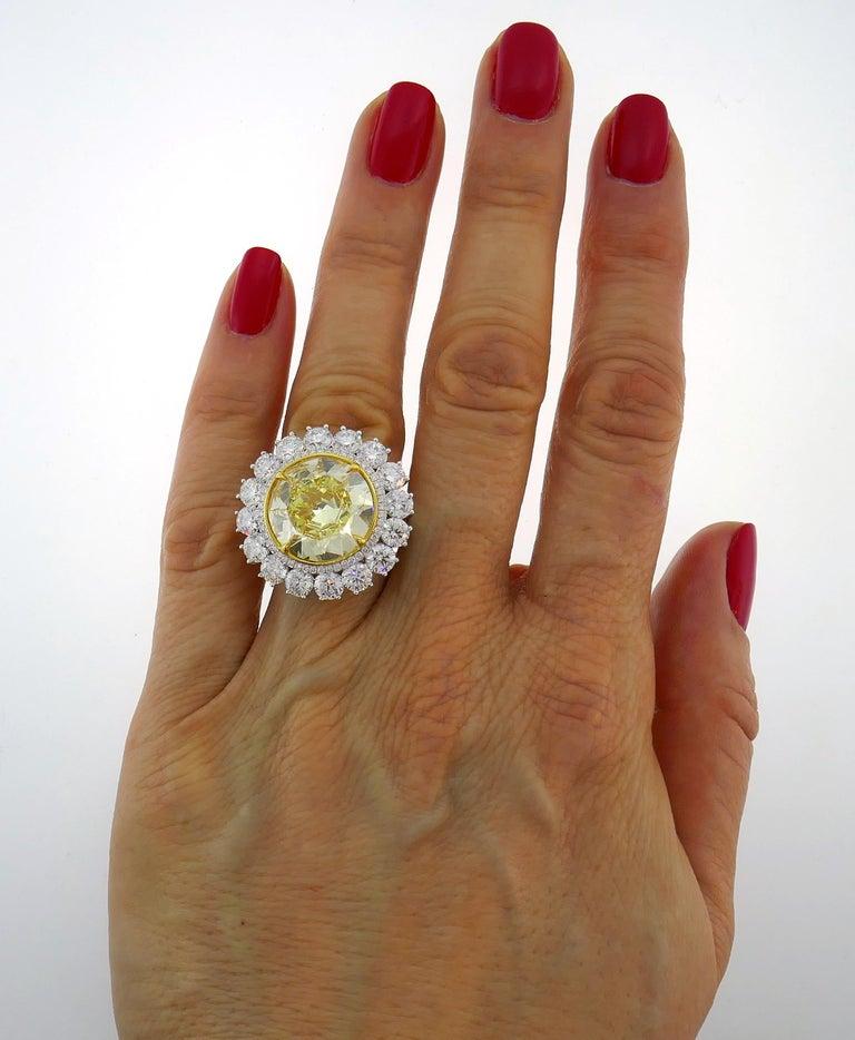 Fancy Intense Yellow Diamond White Gold Ring 10.04 Carat VS2 GIA For Sale 3