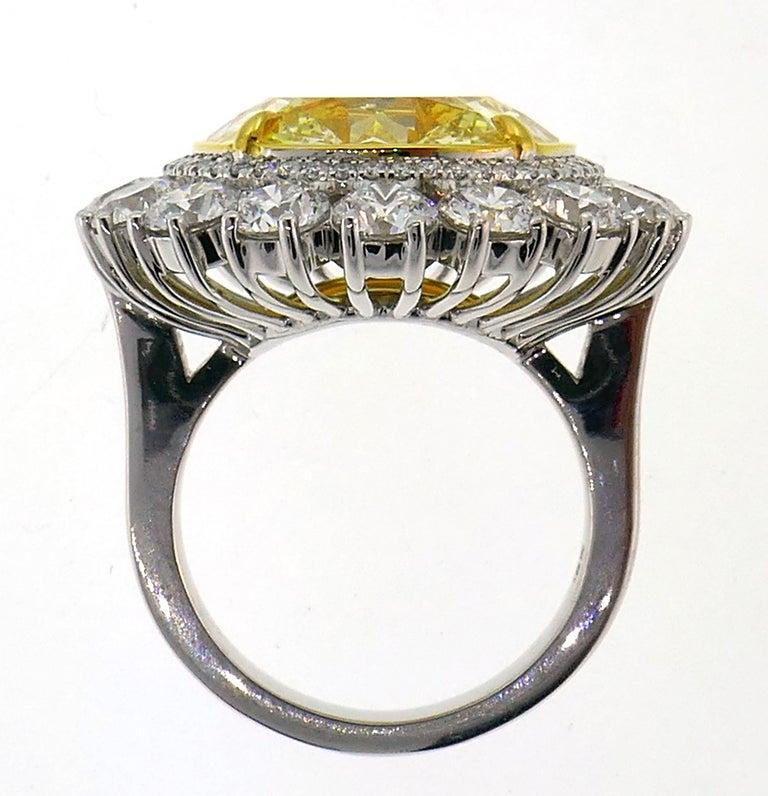 Fancy Intense Yellow Diamond White Gold Ring 10.04 Carat VS2 GIA For Sale 2