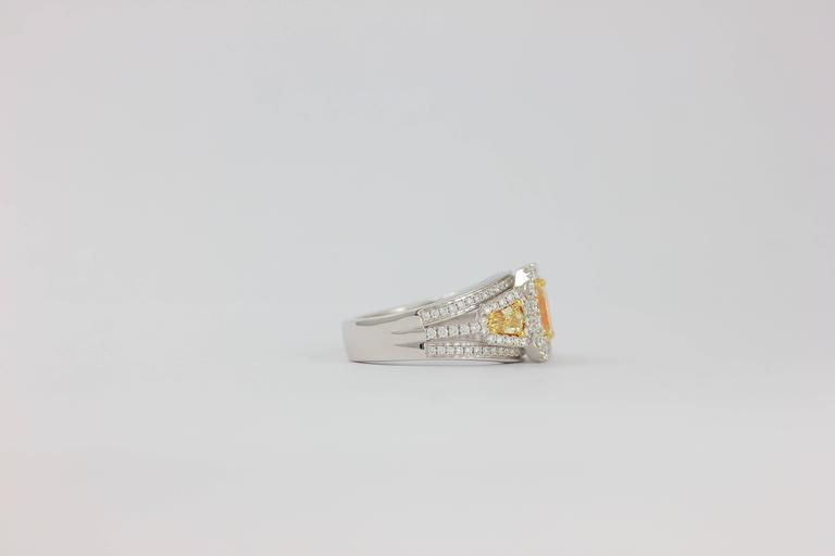 Frederic Sage 1.78 Carat Yellow and White Diamonds Ring For Sale 1