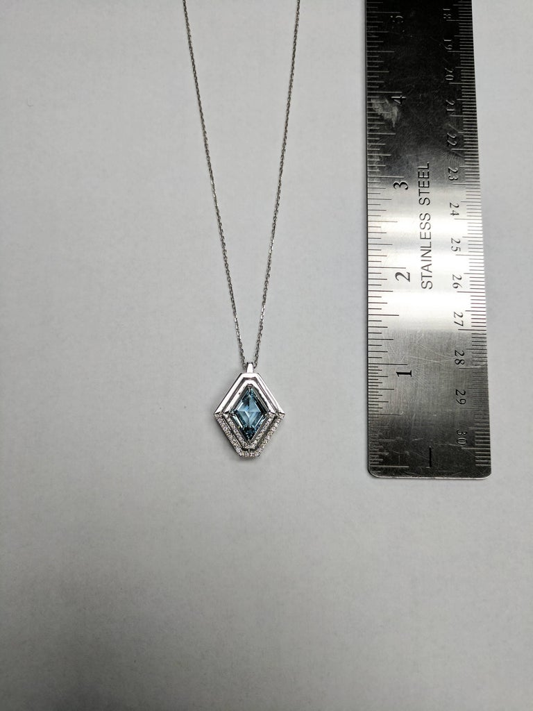 Frederic Sage 1.80 Carat Aquamarine Diamond Pendant Necklace In As new Condition For Sale In New York, NY