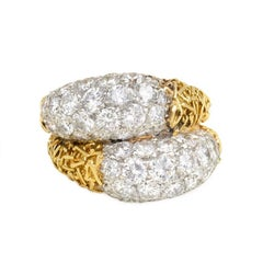 Van Cleef & Arpels 1960s Textured Gold and Diamond Ring