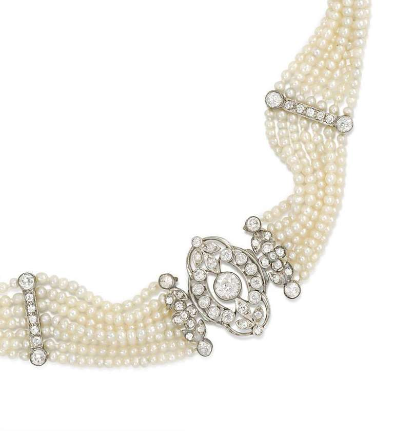 Edwardian Seed Pearl And Diamond Choker With Earrings En Suite In Excellent Condition For