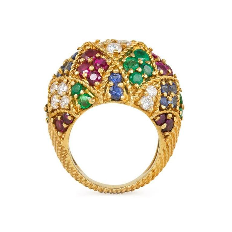 1950s Multigemstone Gold Harlequin Design Bombé Ring In Excellent Condition For Sale In New York, NY