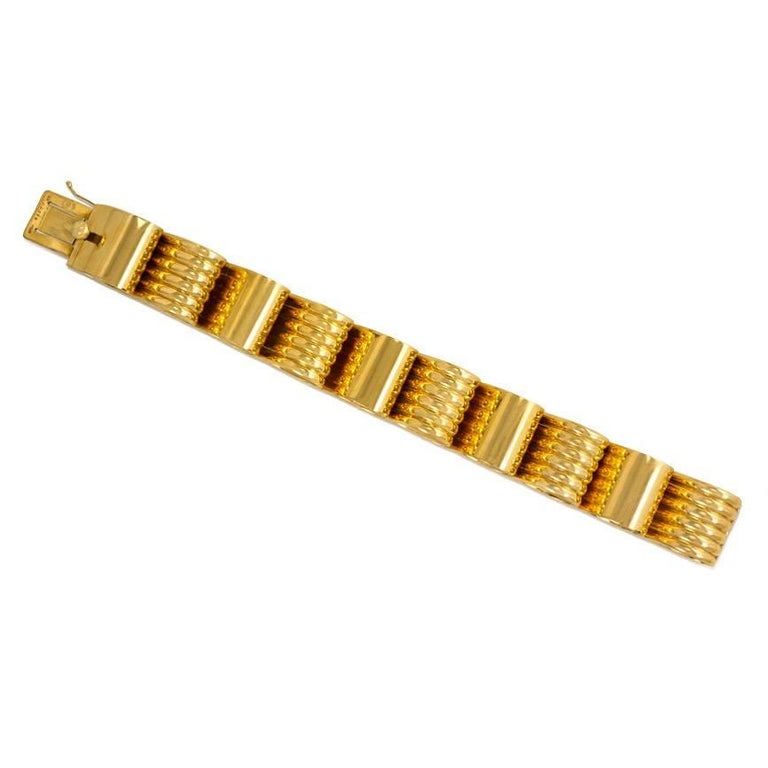 1940s Cartier Gold Ribbon Loop Bracelet 3