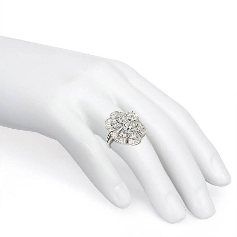 Women's or Men's Oscar Heyman 1950s Diamond Stylized Flower Cocktail Ring in Platinum For Sale