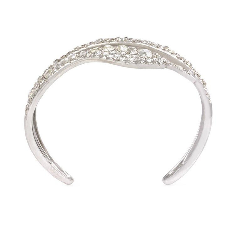 French Art Deco Diamond Coiled Serpent Bracelet In Excellent Condition For Sale In New York, NY