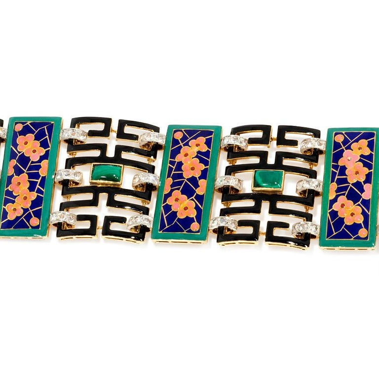 French Art Deco Chinoiserie Diamond Malachite Enamel Gold Bracelet In Good Condition For Sale In New York, NY