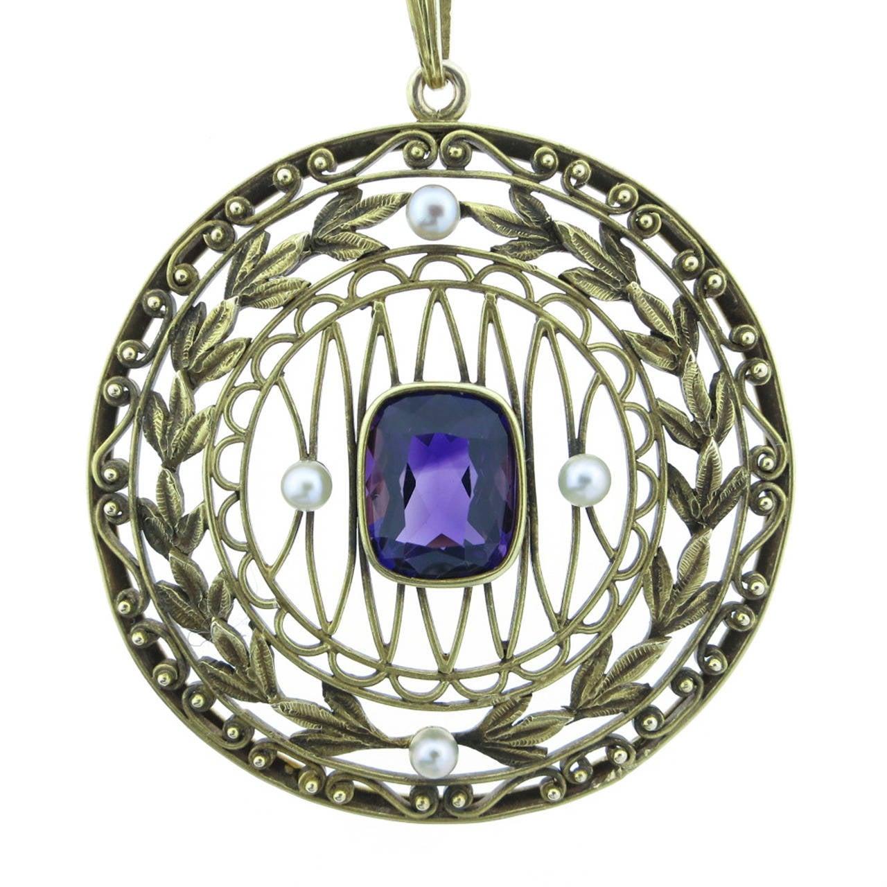 Elegant Art Nouveau Pearl Amethyst Gold Garland Motif ...