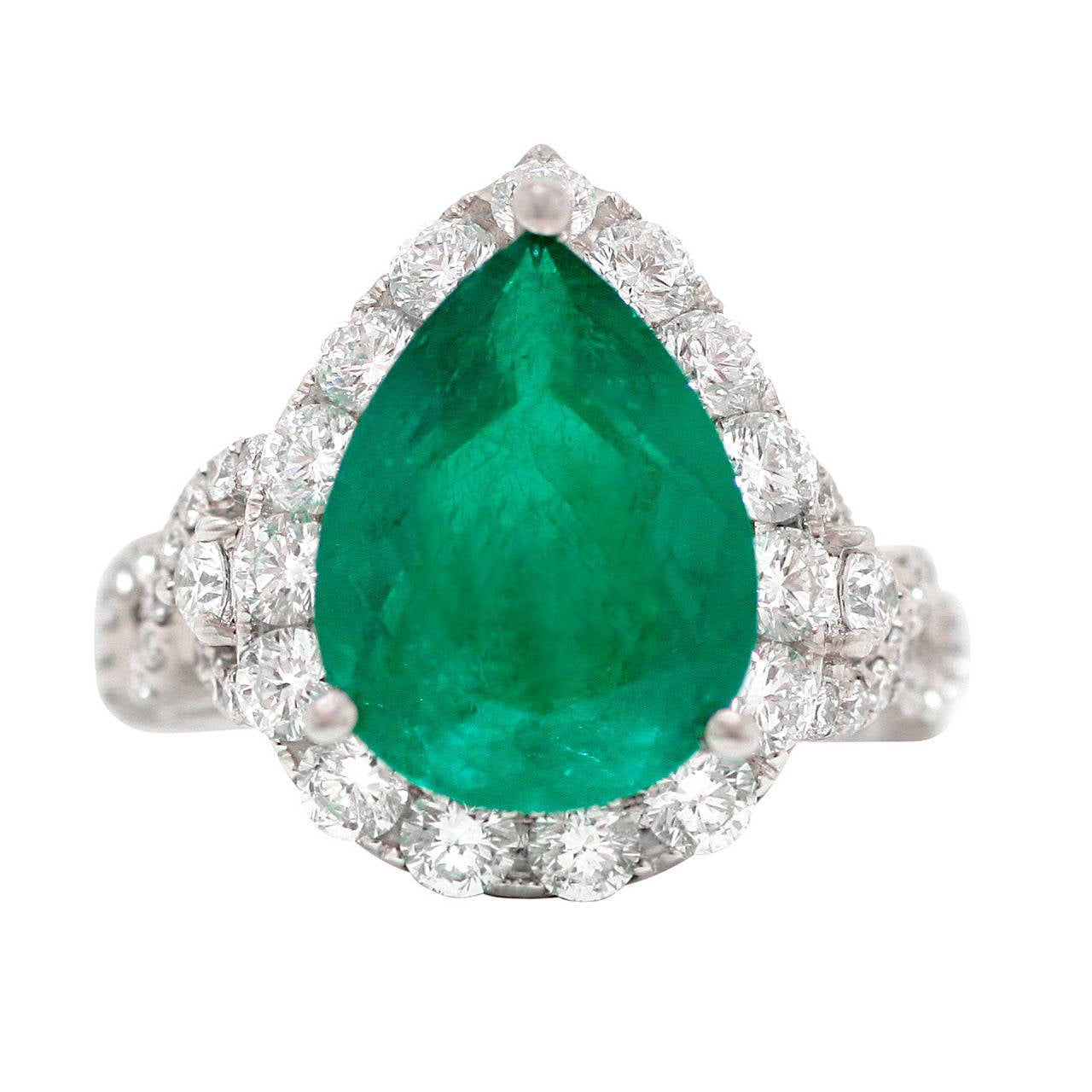 stunning pear cut emerald gold ring at 1stdibs