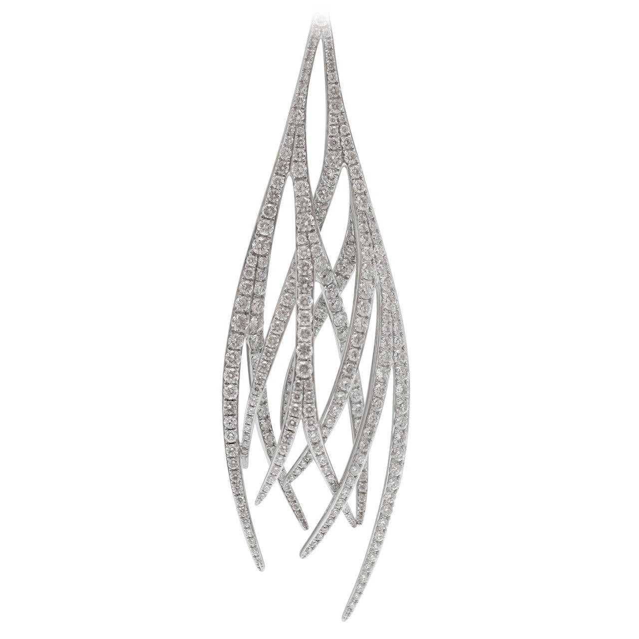 Red Carpet Chandelier: Burdeen's Red Carpet Diamond Gold Entwined Feather