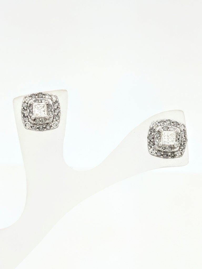 Contemporary 14 Karat White Gold Double Halo Diamond Stud Earrings 88 Carat For