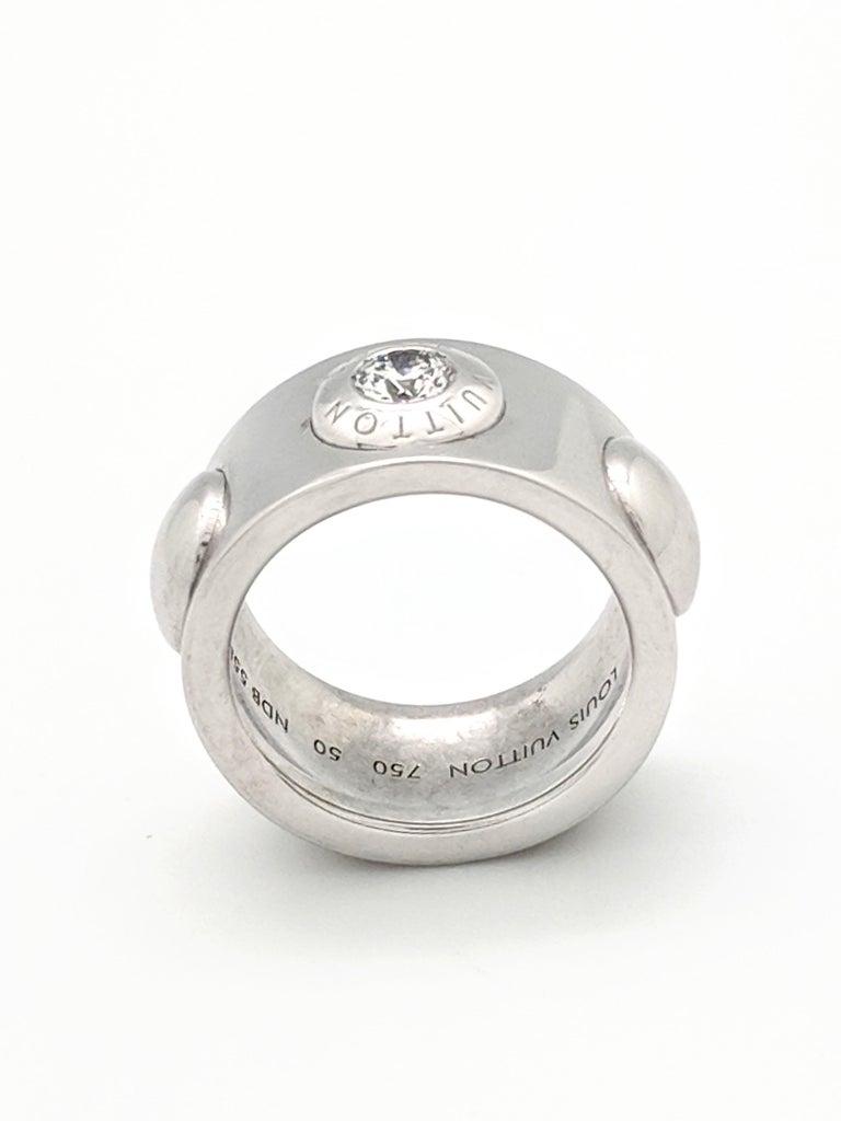 Louis Vuitton 18 Karat White Gold Grand Berg Crew Diamond Ring For 2