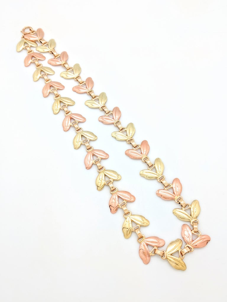 1950s Tiffany & Co. Pink and Yellow Gold Leaf Necklace For Sale 2