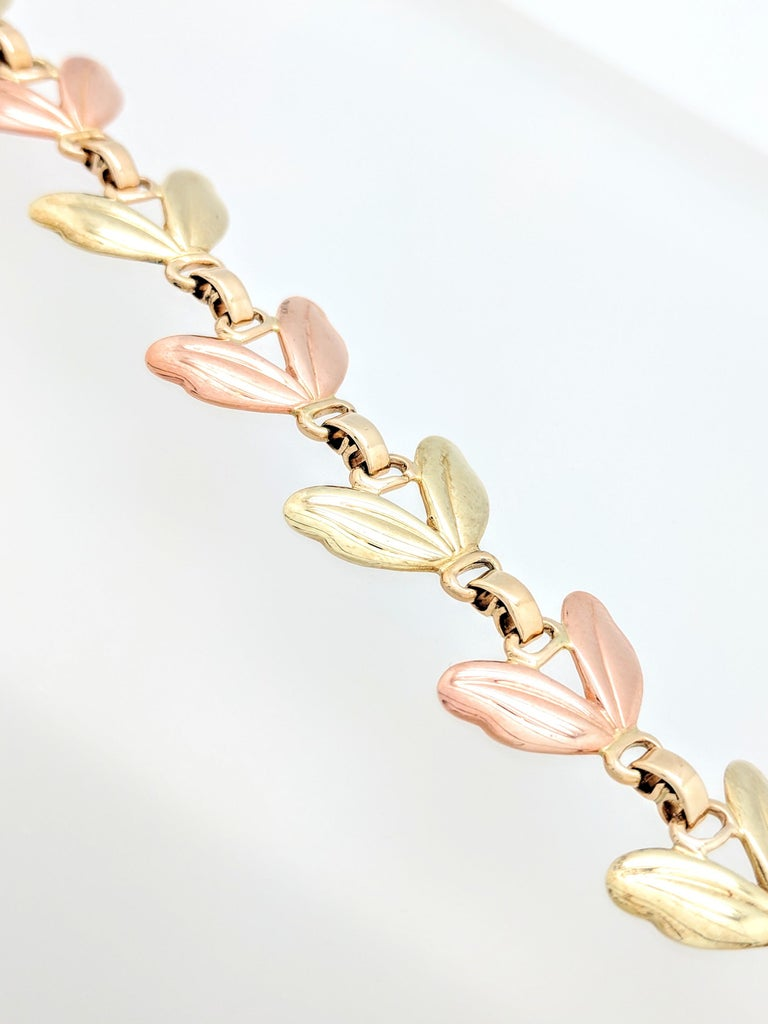 1950s Tiffany & Co. Pink and Yellow Gold Leaf Necklace For Sale 4