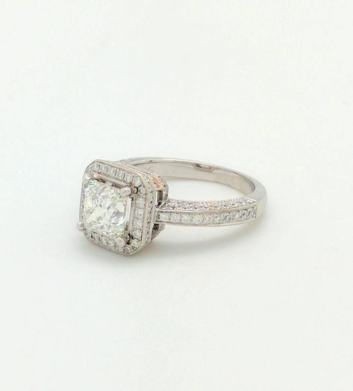 Simon G White Gold Princess Cut Diamond Engagement Ring In Excellent Condition For Sale In Gainesville, FL