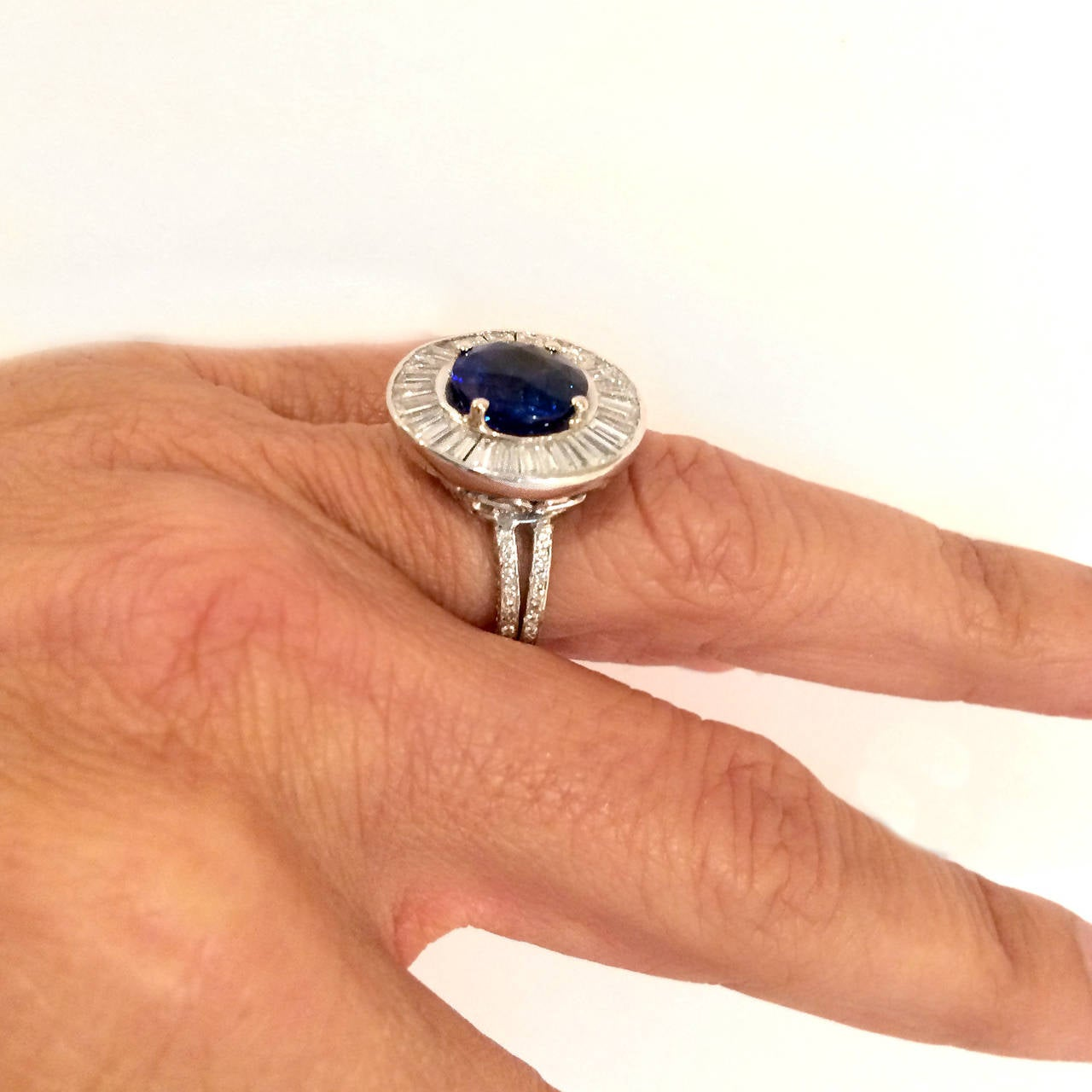 Outstanding Sapphire Diamond Platinum Ring 5