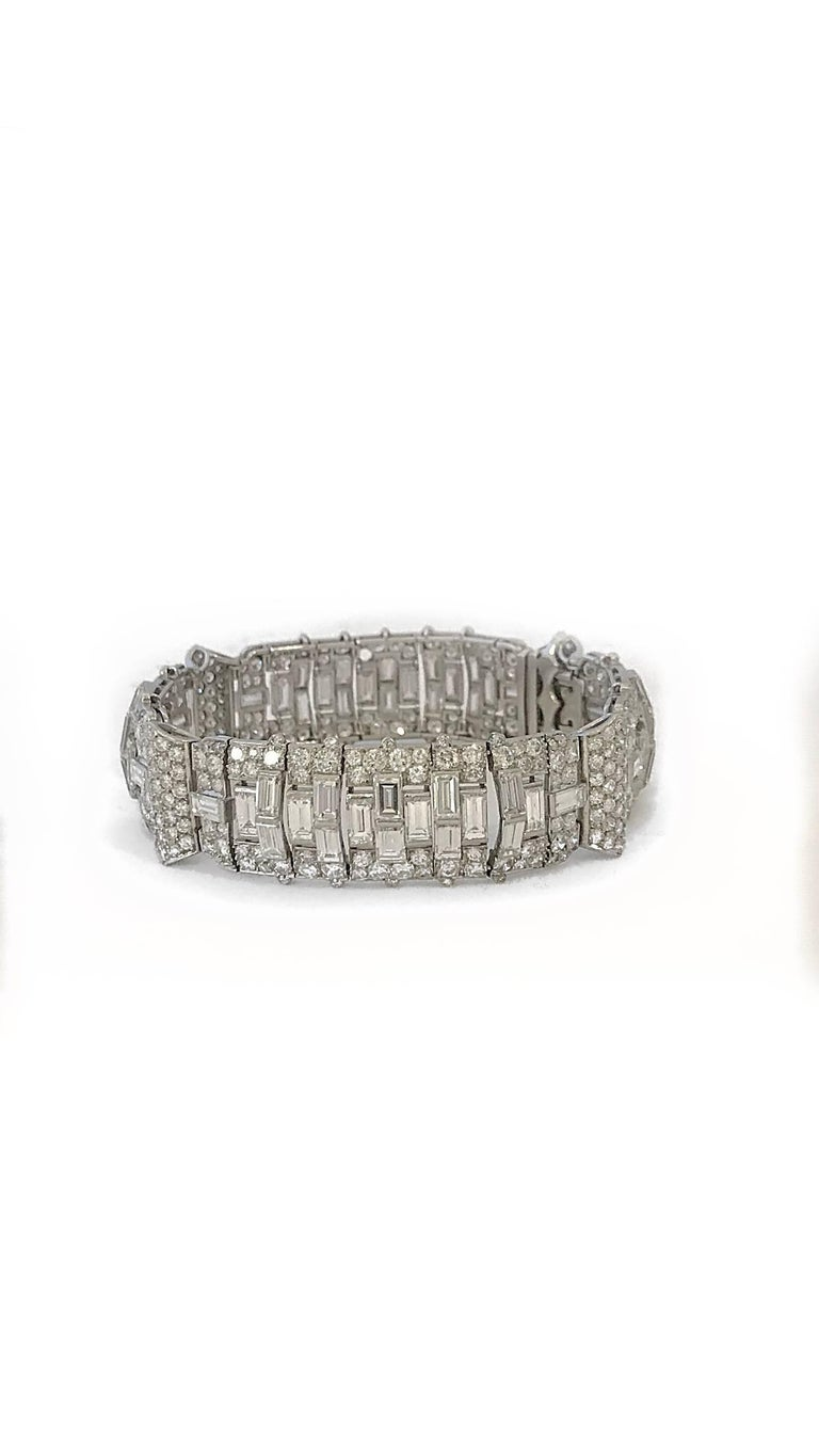 Art Deco Baguette Round Diamond Platinum Bracelet In Excellent Condition For Sale In New York, NY