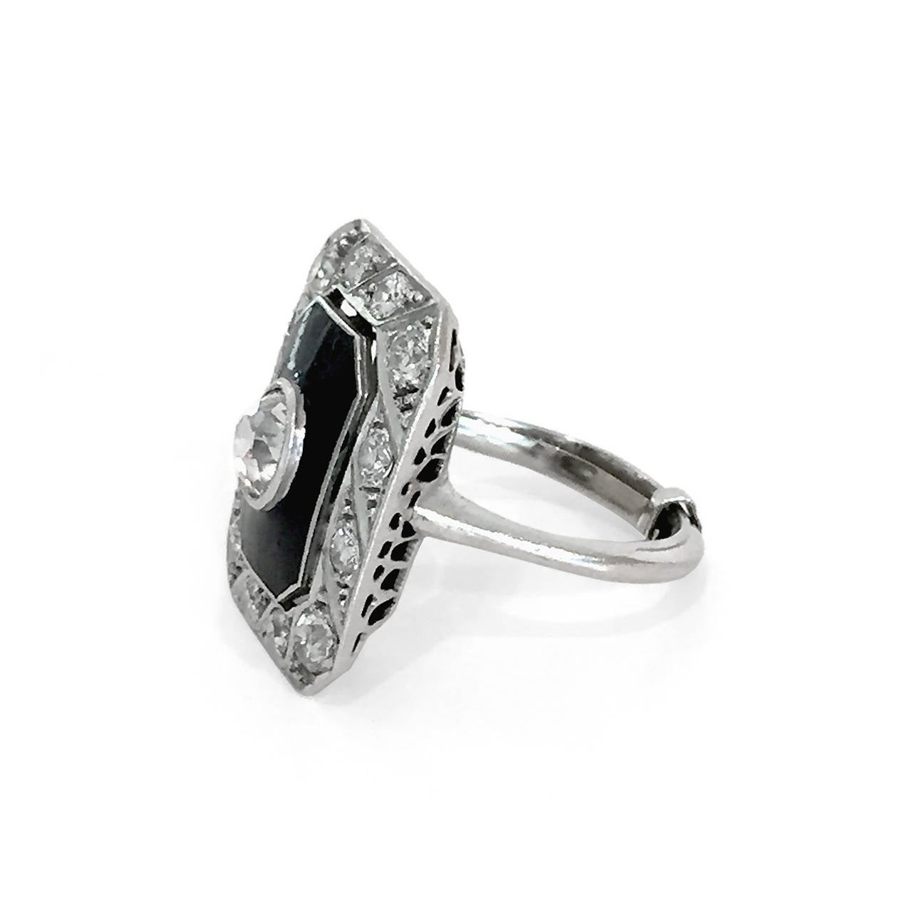 "Art Deco Black Enamel Old Mine-Cut Diamond ""WoW"" ring 3"